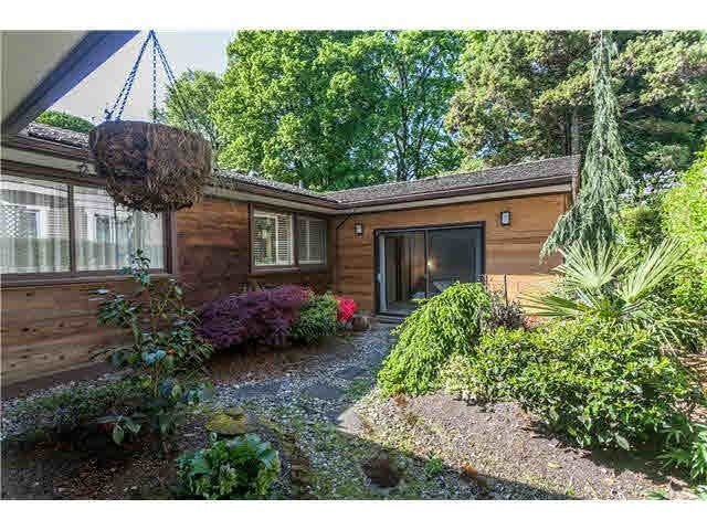 Main Photo: 1736 W 37TH Avenue in Vancouver: Shaughnessy House for sale (Vancouver West)  : MLS®# R2505604