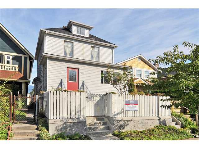 Main Photo: 1157 E PENDER Street in Vancouver: Mount Pleasant VE House for sale (Vancouver East)  : MLS®# V913600