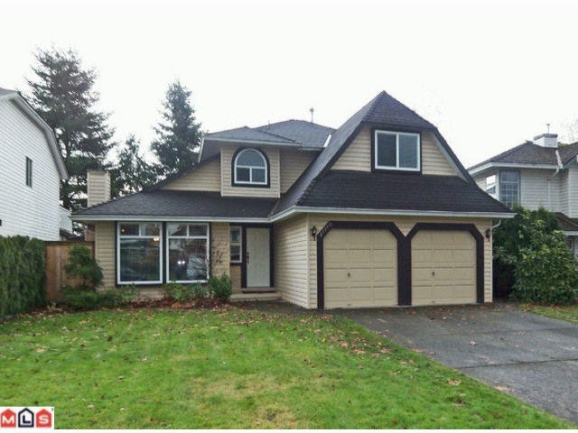 """Main Photo: 21110 91A Avenue in Langley: Walnut Grove House for sale in """"Country Grove Estates"""" : MLS®# F1128351"""