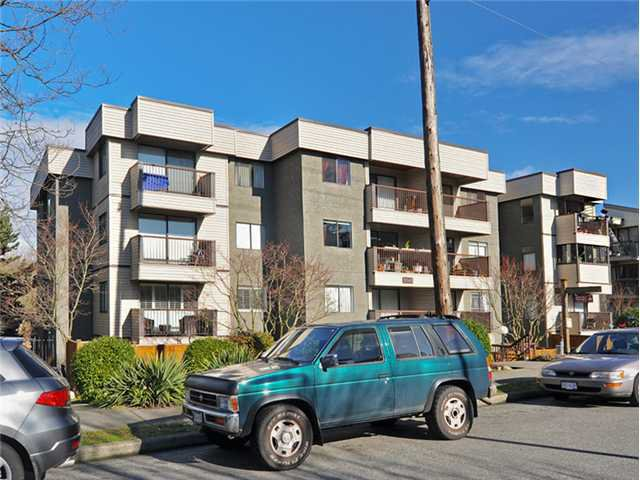 """Main Photo: 101 2045 FRANKLIN Street in Vancouver: Hastings Condo for sale in """"HARBOUR MOUNT"""" (Vancouver East)  : MLS®# V1049075"""
