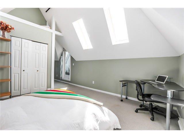 "Photo 13: Photos: 3211 W 6TH Avenue in Vancouver: Kitsilano 1/2 Duplex for sale in ""KITSILANO"" (Vancouver West)  : MLS®# V1091079"