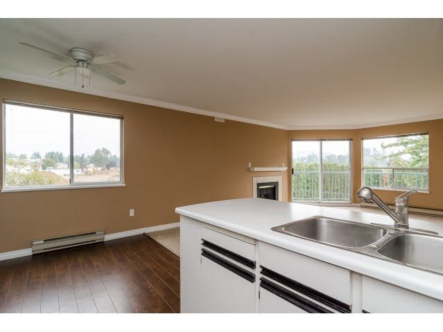 """Photo 10: Photos: 219 1755 SALTON Road in Abbotsford: Central Abbotsford Condo for sale in """"The Gateway"""" : MLS®# F1450437"""