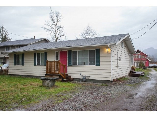 Main Photo: 22535 136 Avenue in Maple Ridge: Silver Valley House for sale : MLS®# R2041011