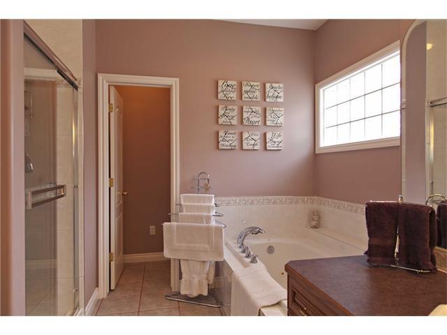 Photo 17: Photos: 1 Ridge Pointe Drive: Heritage Pointe House for sale : MLS®# C4052593