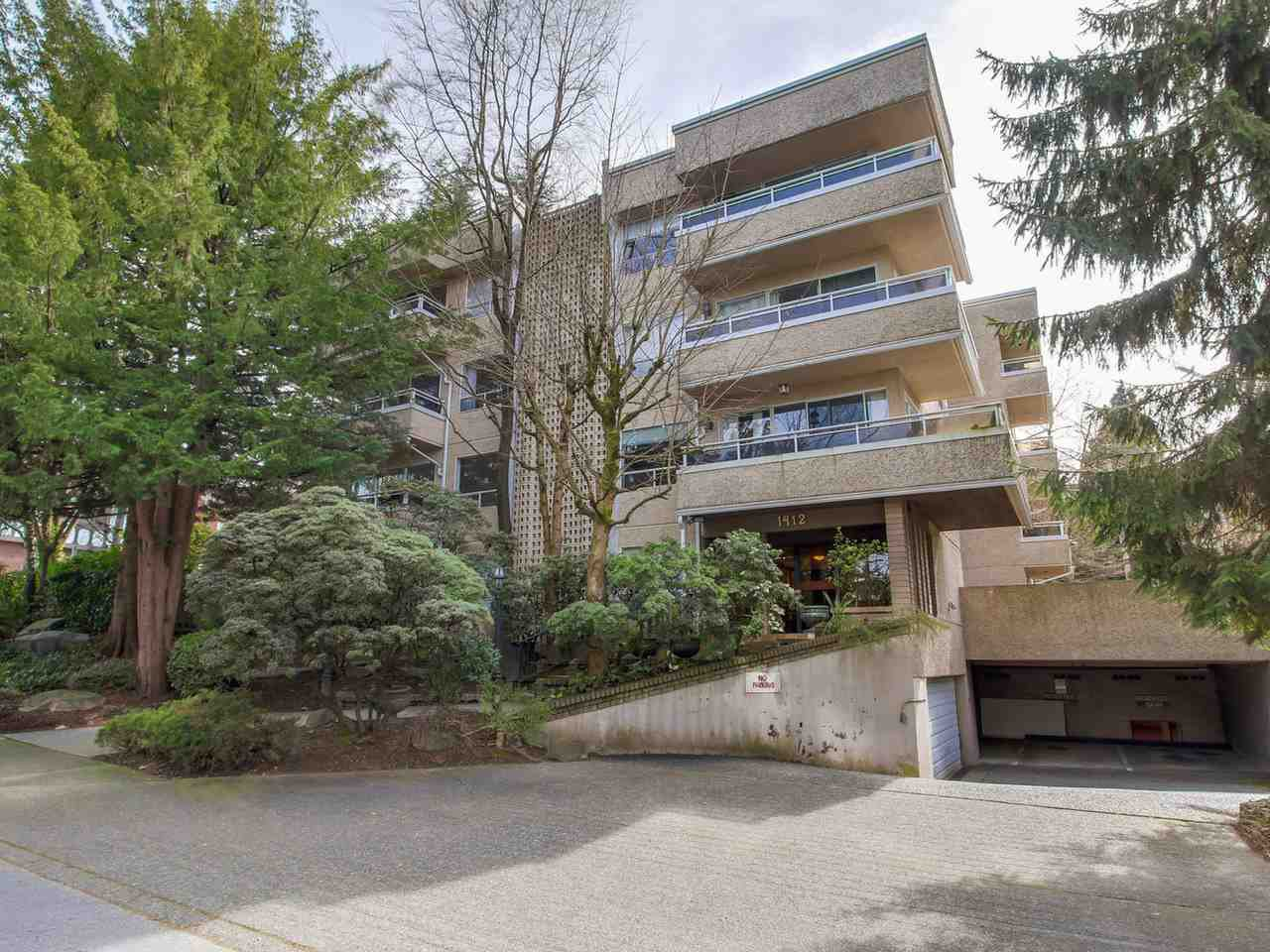 Main Photo: 103 1412 W 14TH Avenue in Vancouver: Fairview VW Condo for sale (Vancouver West)  : MLS®# R2048701