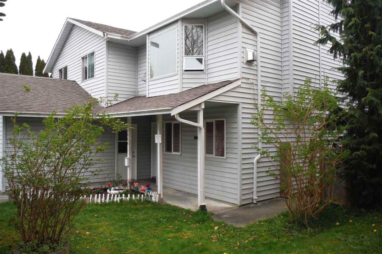 "Main Photo: 21066 PENNY Lane in Maple Ridge: Southwest Maple Ridge House for sale in ""SOUTHWEST MAPLE RIDGE"" : MLS®# R2054951"