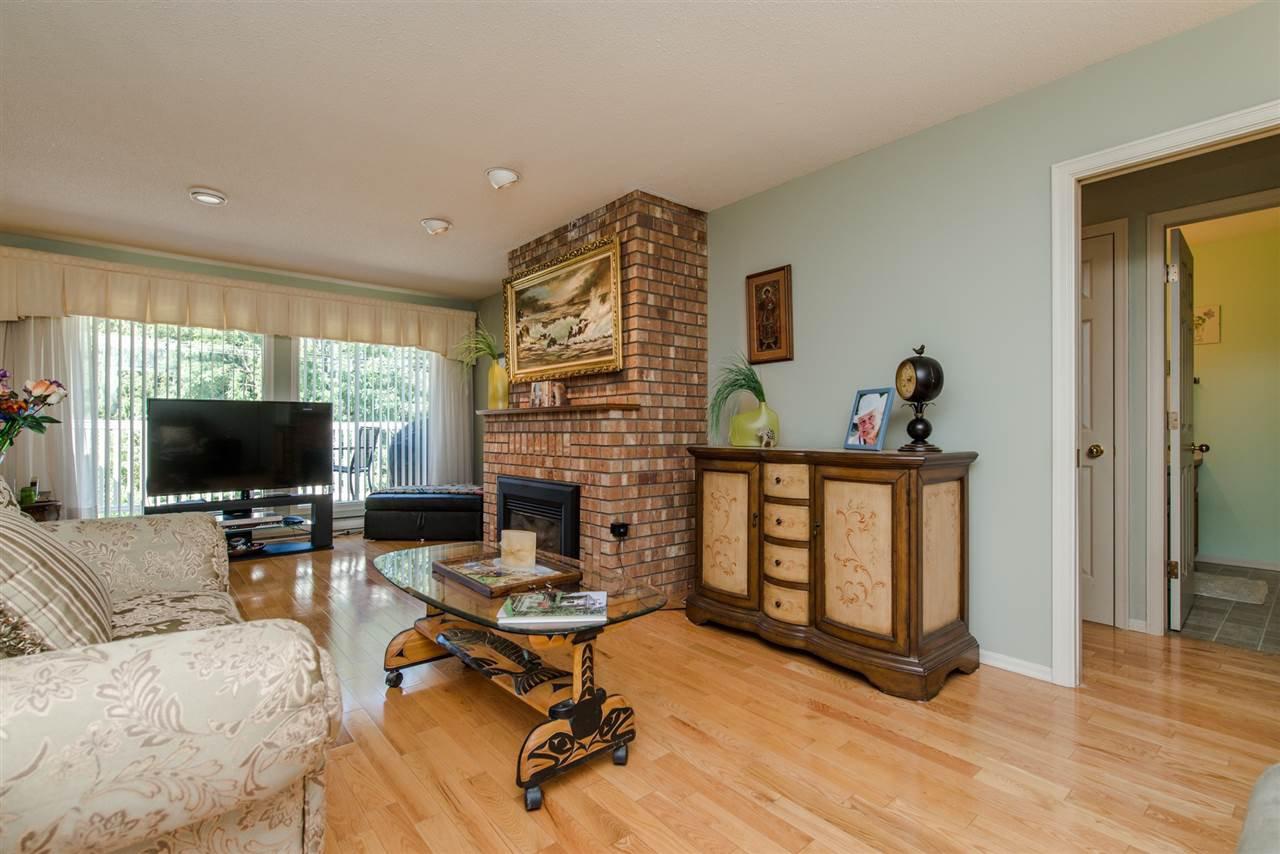 """Photo 5: Photos: 211 7001 EDEN Drive in Chilliwack: Sardis West Vedder Rd Condo for sale in """"EDENBANK"""" (Sardis)  : MLS®# R2087839"""