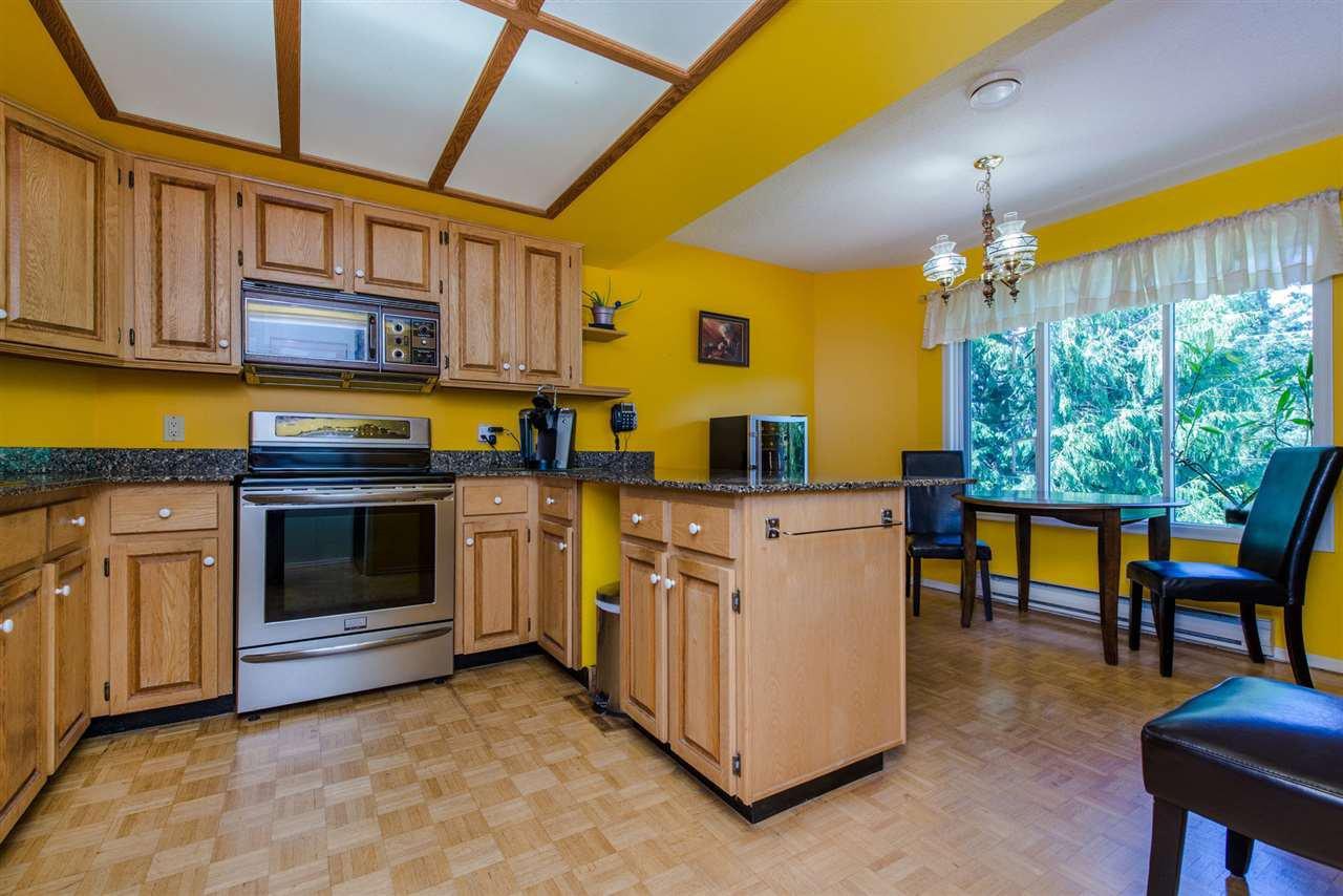 """Photo 10: Photos: 211 7001 EDEN Drive in Chilliwack: Sardis West Vedder Rd Condo for sale in """"EDENBANK"""" (Sardis)  : MLS®# R2087839"""