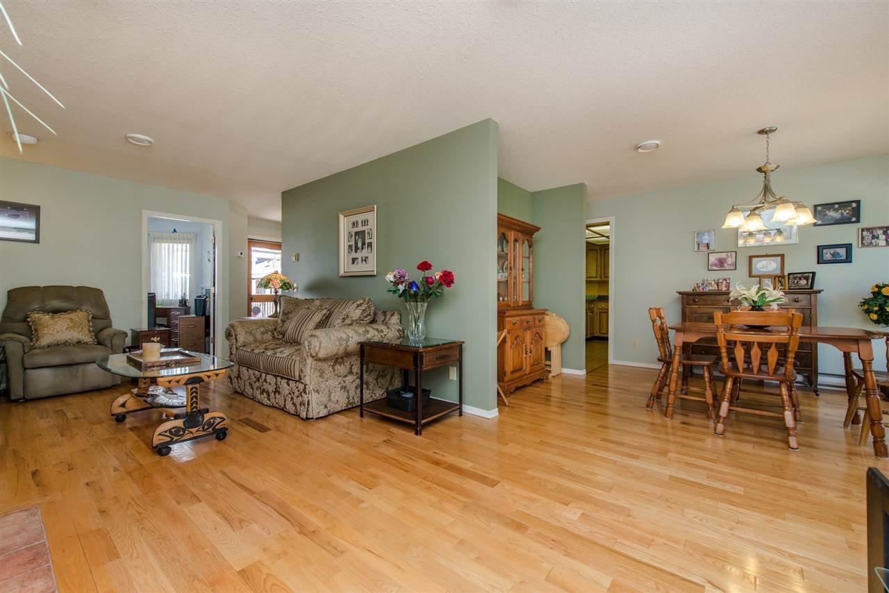 """Photo 6: Photos: 211 7001 EDEN Drive in Chilliwack: Sardis West Vedder Rd Condo for sale in """"EDENBANK"""" (Sardis)  : MLS®# R2087839"""