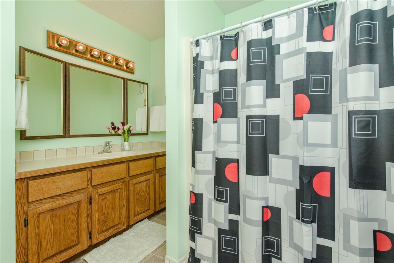 """Photo 13: Photos: 211 7001 EDEN Drive in Chilliwack: Sardis West Vedder Rd Condo for sale in """"EDENBANK"""" (Sardis)  : MLS®# R2087839"""