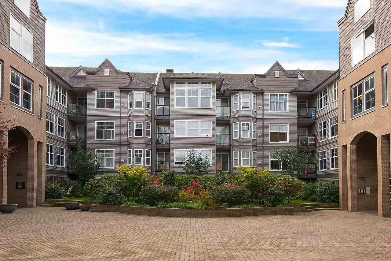 "Photo 19: Photos: 404 20200 56 Avenue in Langley: Langley City Condo for sale in ""The Bentley"" : MLS®# R2116212"