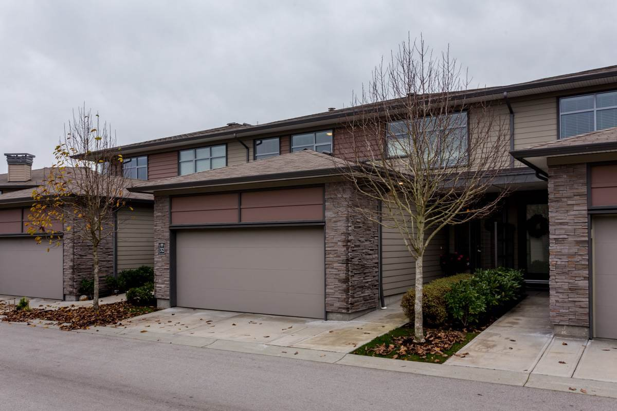 "Main Photo: 32 2603 162 Street in Surrey: Grandview Surrey Townhouse for sale in ""Vinterra Villas"" (South Surrey White Rock)  : MLS®# R2123480"