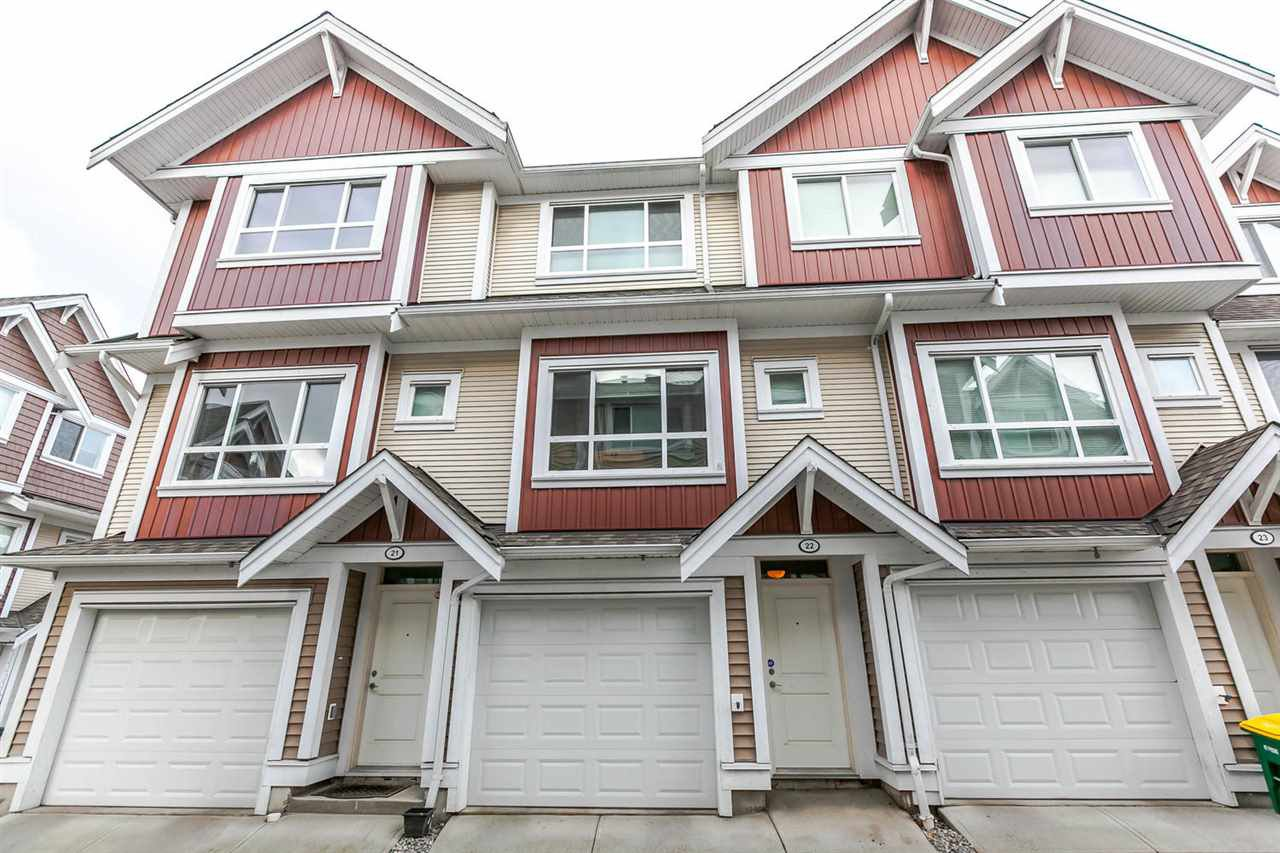 "Main Photo: 22 7298 199A Street in Langley: Willoughby Heights Townhouse for sale in ""YORK"" : MLS®# R2135397"