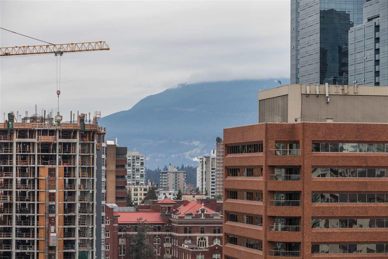 "Photo 12: Photos: 2008 1155 SEYMOUR Street in Vancouver: Downtown VW Condo for sale in ""BRAVA"" (Vancouver West)  : MLS®# R2138571"