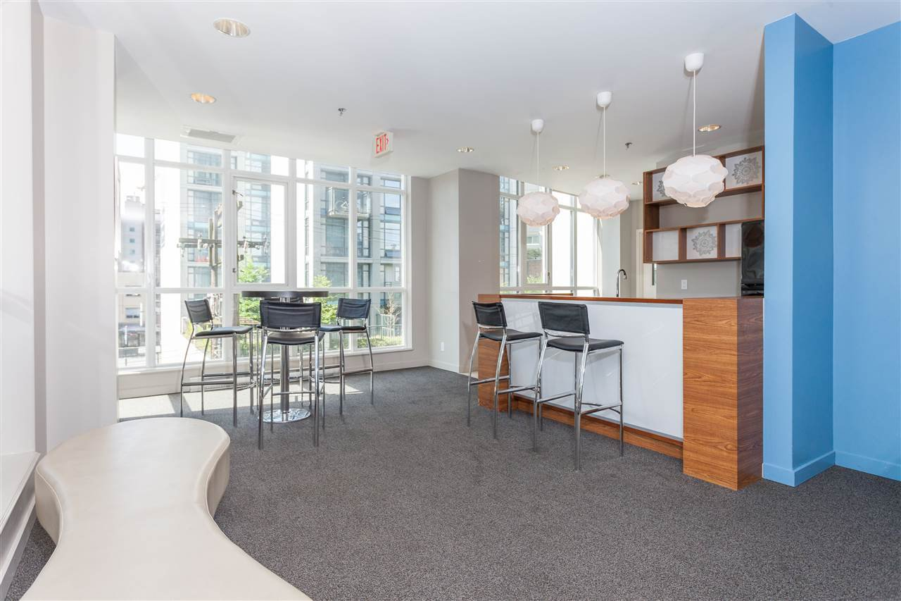"Photo 16: Photos: 2008 1155 SEYMOUR Street in Vancouver: Downtown VW Condo for sale in ""BRAVA"" (Vancouver West)  : MLS®# R2138571"