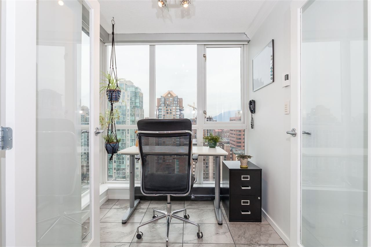 "Photo 6: Photos: 2008 1155 SEYMOUR Street in Vancouver: Downtown VW Condo for sale in ""BRAVA"" (Vancouver West)  : MLS®# R2138571"