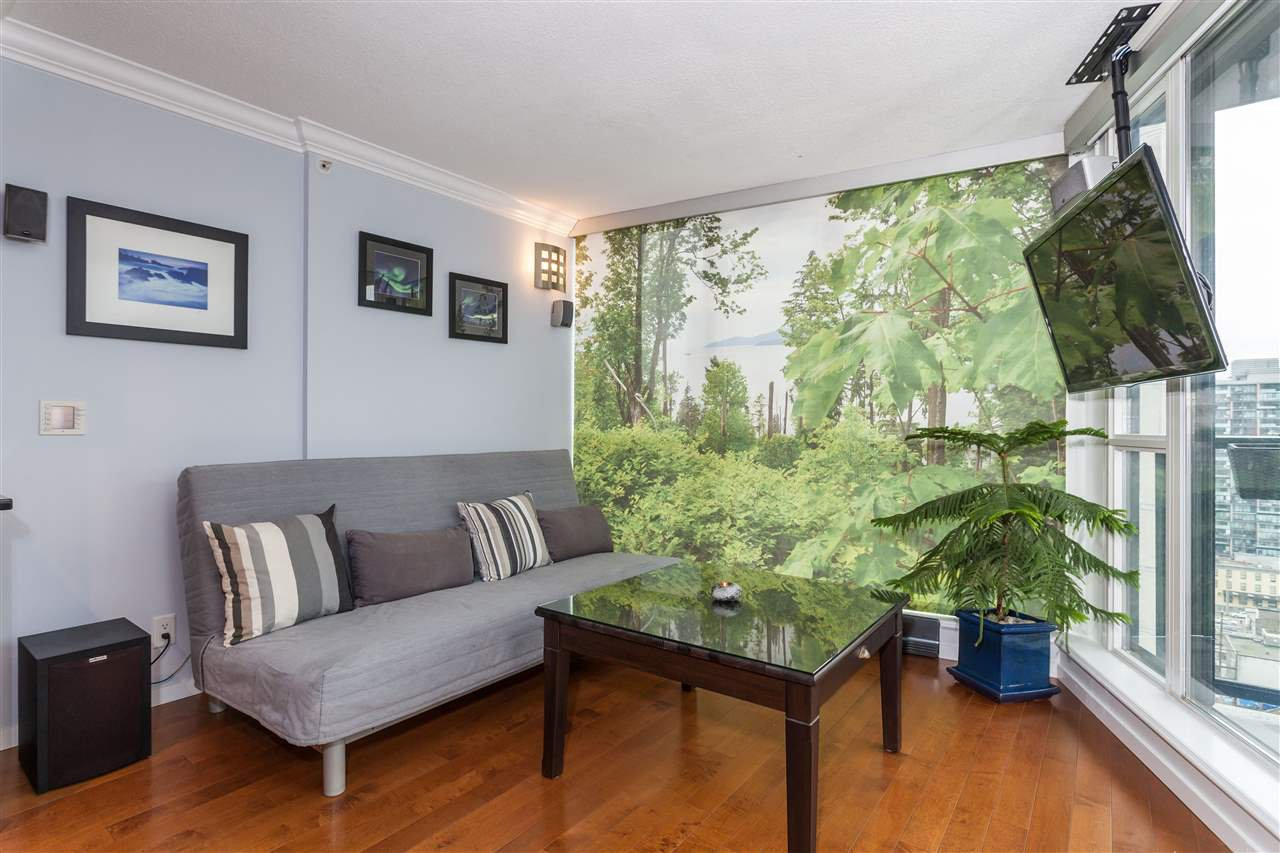 "Photo 2: Photos: 2008 1155 SEYMOUR Street in Vancouver: Downtown VW Condo for sale in ""BRAVA"" (Vancouver West)  : MLS®# R2138571"