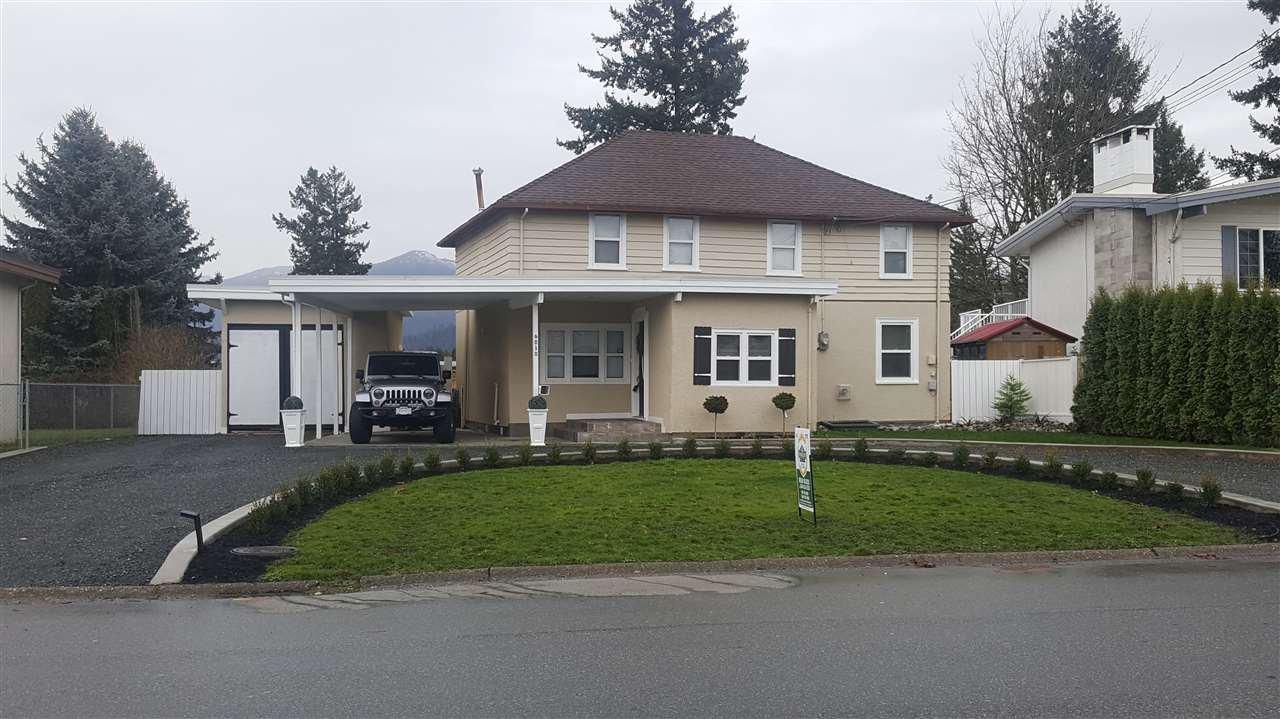 Main Photo: 6030 ARLINGTON Drive in Sardis: Sardis West Vedder Rd House for sale : MLS®# R2224991