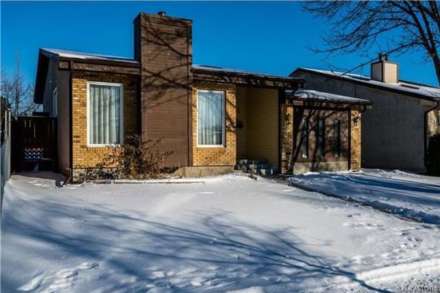 Main Photo: 61 Britannica Road in Winnipeg: River Park South Residential for sale (2F)  : MLS®# 1731069
