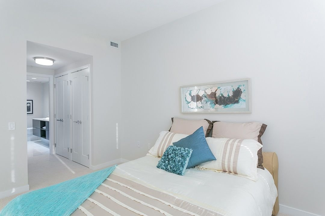 "Photo 10: Photos: 305 3873 CATES LANDING Way in North Vancouver: Dollarton Condo for sale in ""Cates Landing"" : MLS®# R2231016"