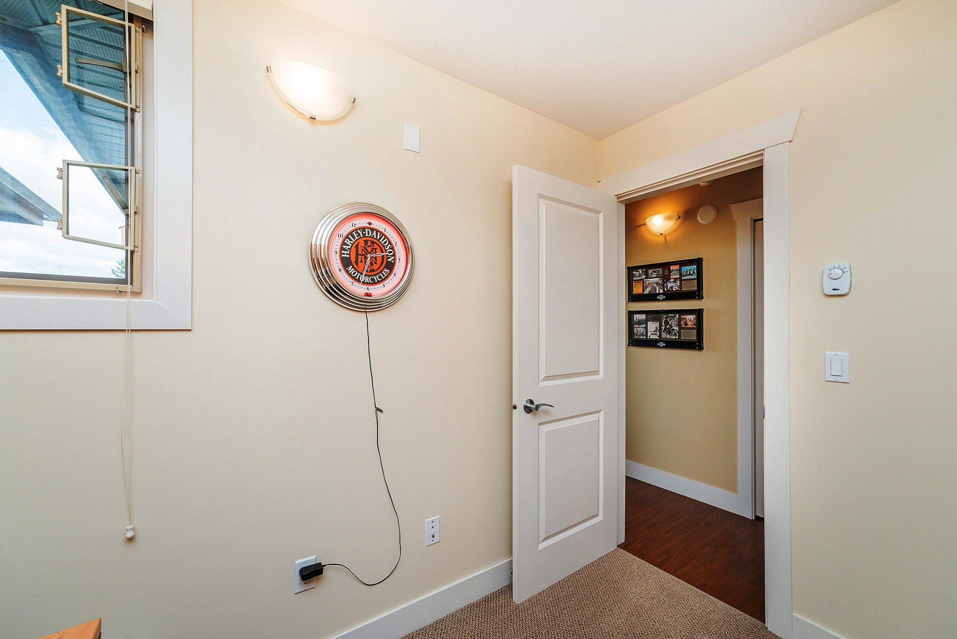 """Photo 19: Photos: 408 15368 17A Avenue in Surrey: King George Corridor Condo for sale in """"OCEAN WYNDE"""" (South Surrey White Rock)  : MLS®# R2249492"""