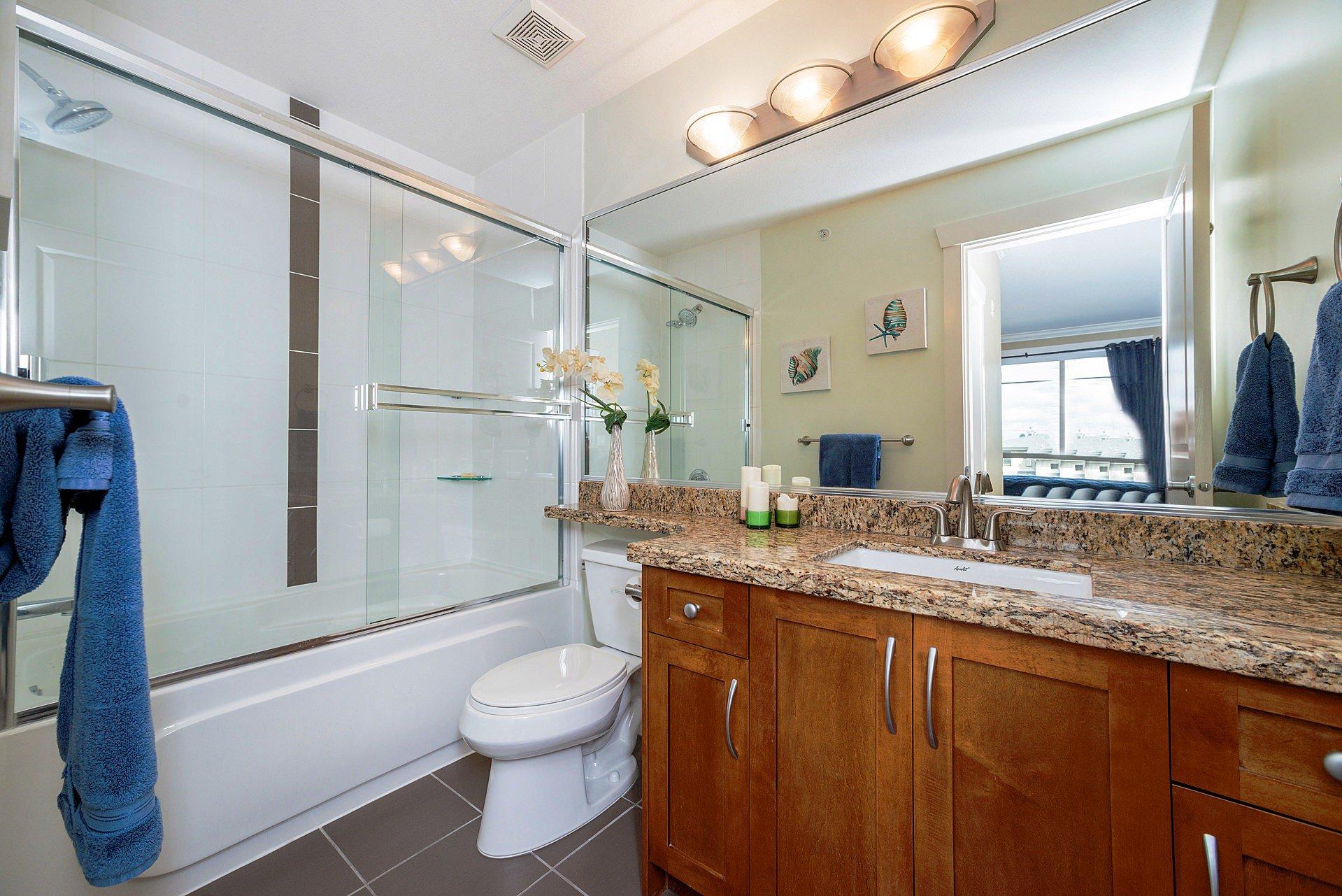 """Photo 17: Photos: 408 15368 17A Avenue in Surrey: King George Corridor Condo for sale in """"OCEAN WYNDE"""" (South Surrey White Rock)  : MLS®# R2249492"""