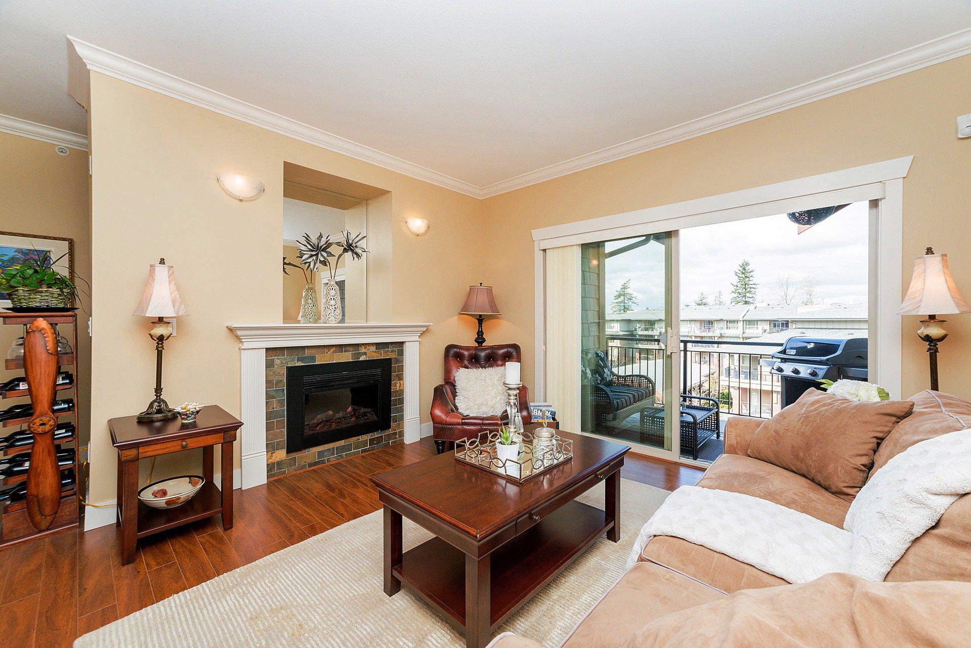 """Photo 2: Photos: 408 15368 17A Avenue in Surrey: King George Corridor Condo for sale in """"OCEAN WYNDE"""" (South Surrey White Rock)  : MLS®# R2249492"""