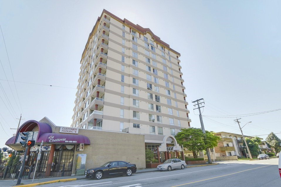 Main Photo: 1104 11980 222 STREET in : West Central Condo for sale : MLS®# R2243771