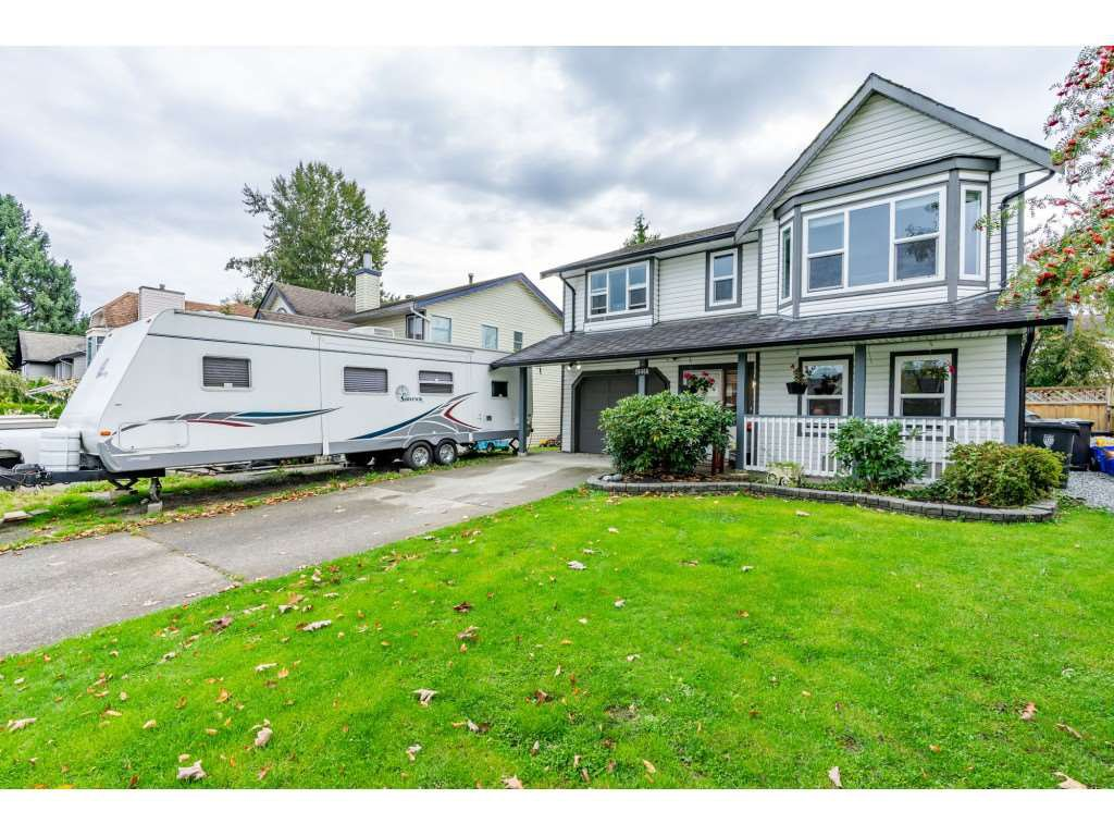 Main Photo: 26460 32A Avenue in Langley: Aldergrove Langley House for sale : MLS®# R2313324