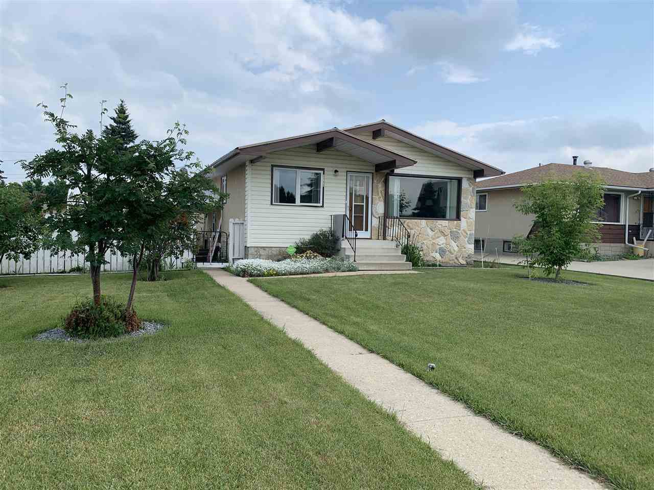 Main Photo: 9708 99 Street: Westlock House for sale : MLS®# E4162735