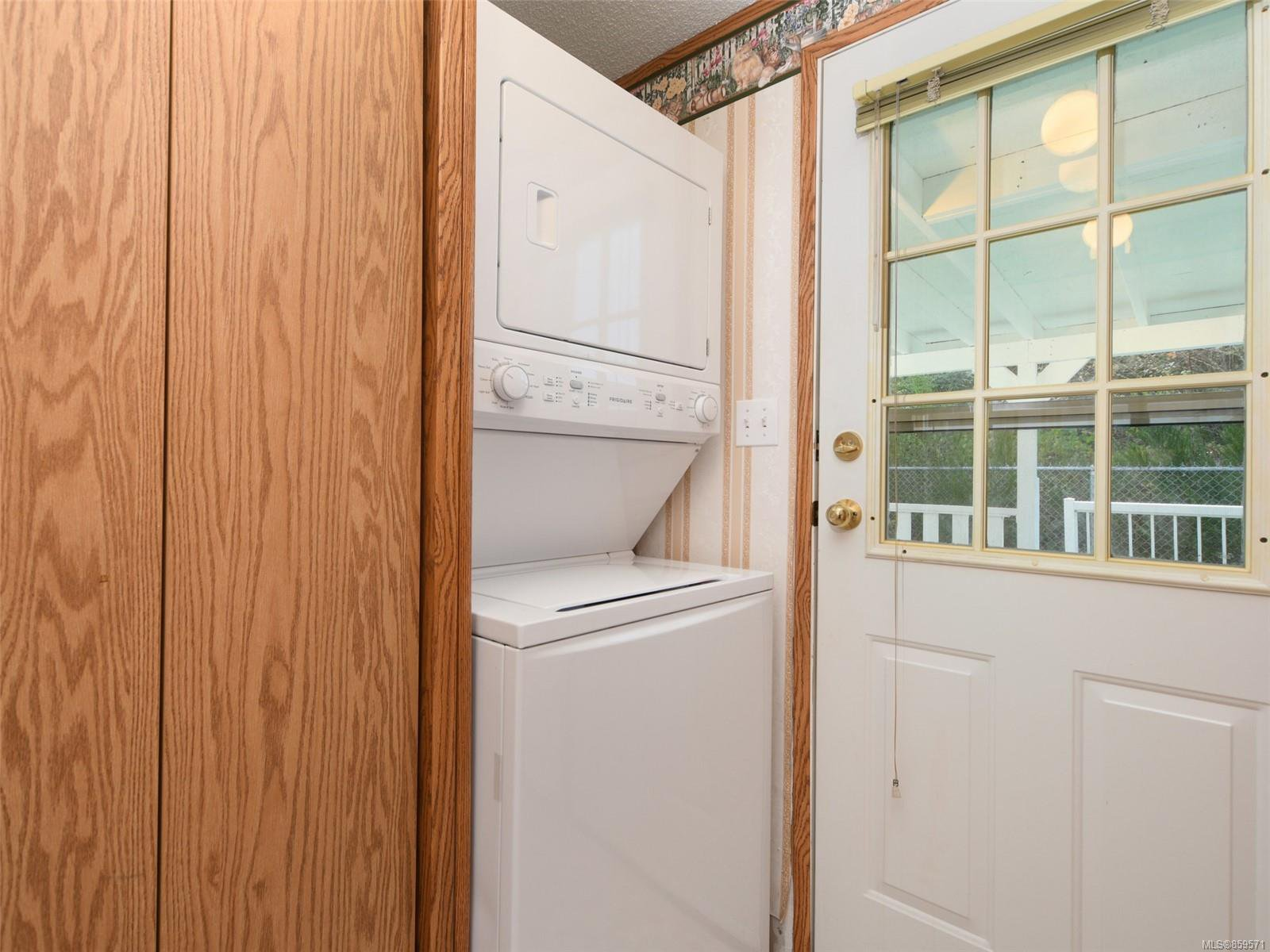 Photo 15: Photos: 5 7109 West Coast Rd in : Sk Whiffin Spit Manufactured Home for sale (Sooke)  : MLS®# 859571