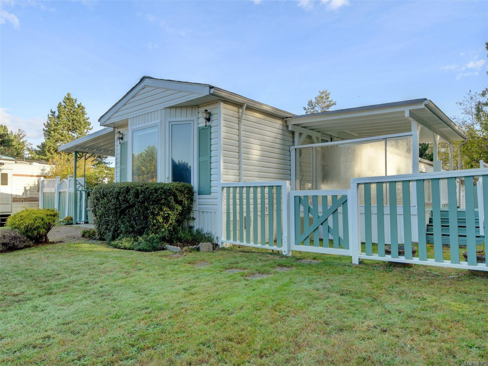 Photo 22: Photos: 5 7109 West Coast Rd in : Sk Whiffin Spit Manufactured Home for sale (Sooke)  : MLS®# 859571