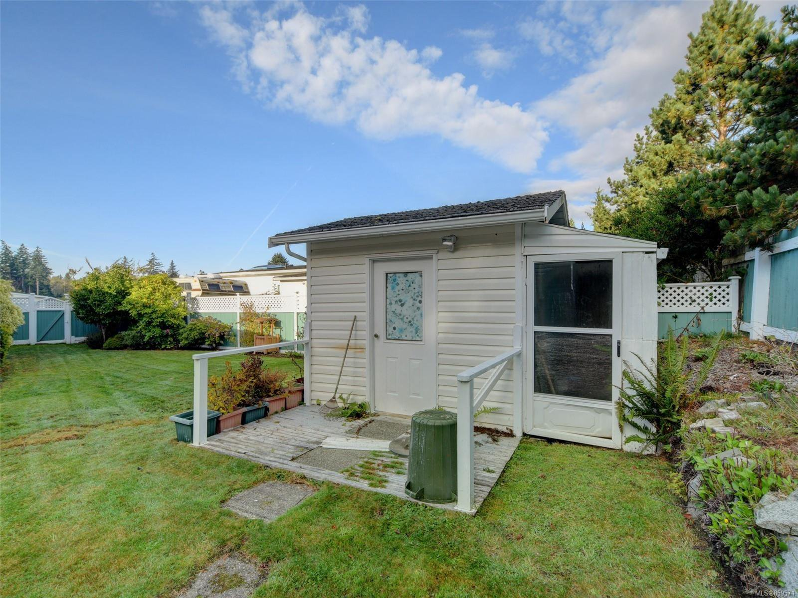 Photo 18: Photos: 5 7109 West Coast Rd in : Sk Whiffin Spit Manufactured Home for sale (Sooke)  : MLS®# 859571
