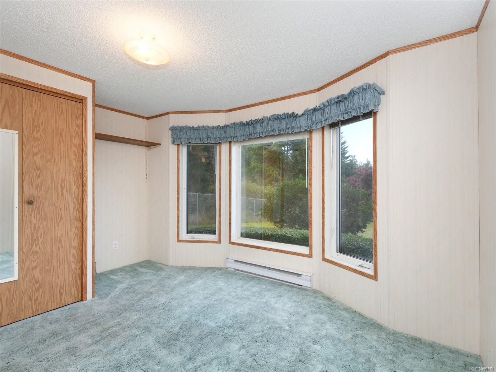 Photo 13: Photos: 5 7109 West Coast Rd in : Sk Whiffin Spit Manufactured Home for sale (Sooke)  : MLS®# 859571