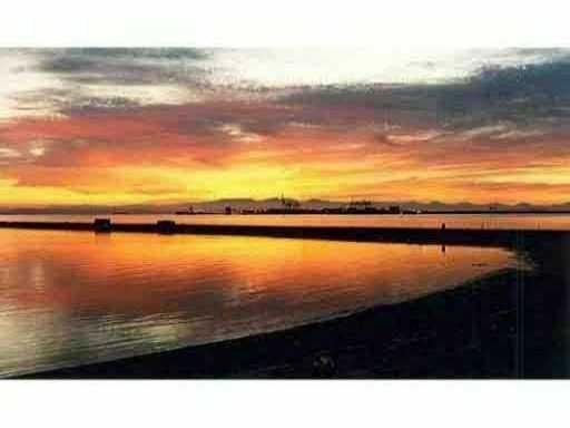 Main Photo: #208-1120 Tsatsu Shores Dr. in Delta: English Bluff Condo for sale (Tsawwassen)  : MLS®# V926589