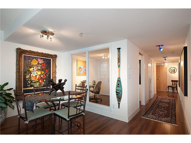 """Photo 13: Photos: 2205 120 MILROSS Avenue in Vancouver: Mount Pleasant VE Condo for sale in """"Brighton"""" (Vancouver East)  : MLS®# V1039028"""