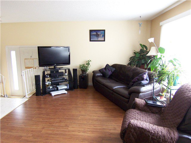 """Photo 3: Photos: 111 111 TABOR Boulevard in Prince George: Heritage Townhouse for sale in """"HERITAGE ESTATES"""" (PG City West (Zone 71))  : MLS®# N244263"""