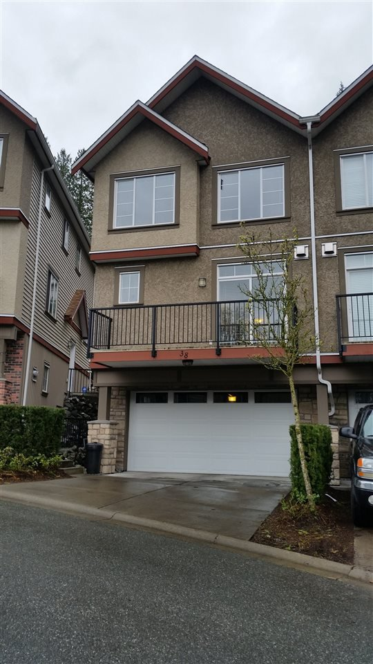 "Main Photo: 38 35626 MCKEE Road in Abbotsford: Abbotsford East Townhouse for sale in ""Ledgeview Villas"" : MLS®# R2048845"