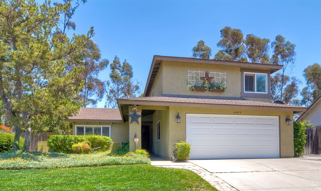 Main Photo: SCRIPPS RANCH House for sale : 4 bedrooms : 10453 Avenida Magnifica in San Diego