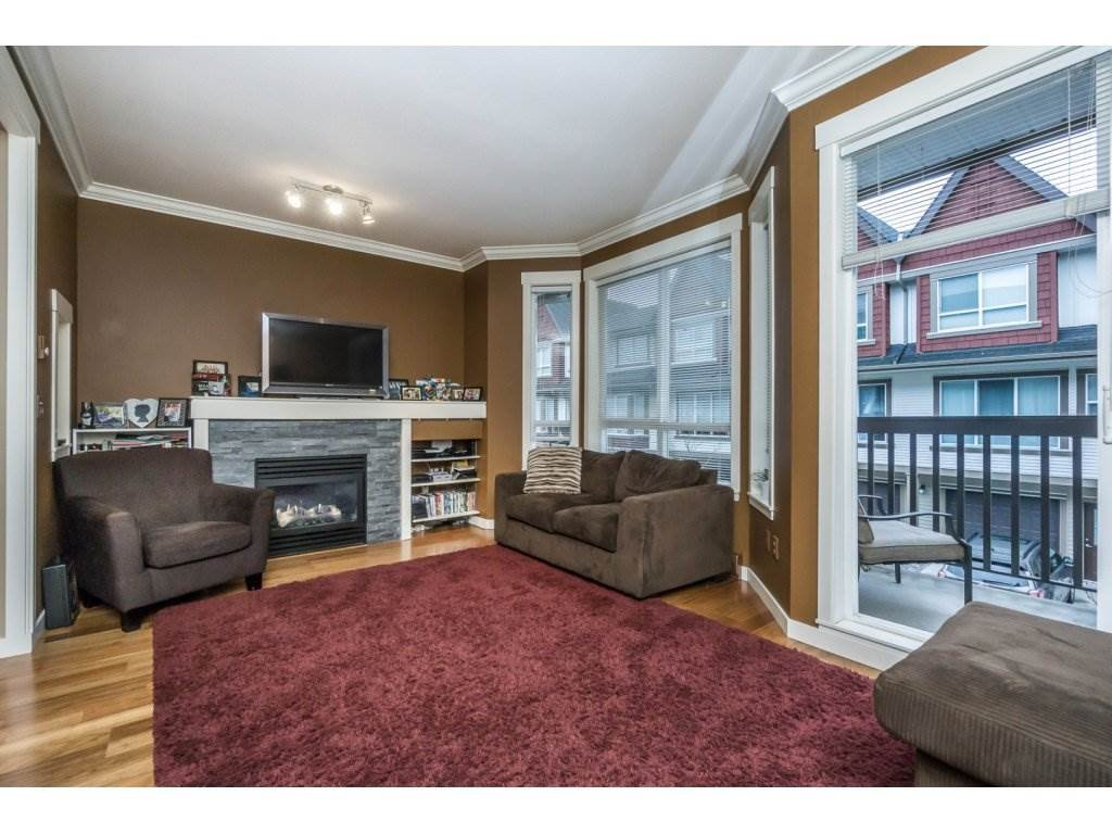 "Photo 10: Photos: 85 7155 189 Street in Surrey: Clayton Townhouse for sale in ""Bacara"" (Cloverdale)  : MLS®# R2144743"