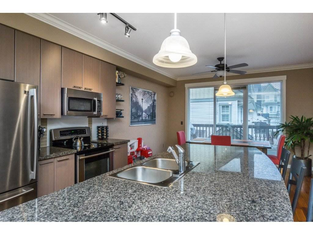 "Photo 3: Photos: 85 7155 189 Street in Surrey: Clayton Townhouse for sale in ""Bacara"" (Cloverdale)  : MLS®# R2144743"