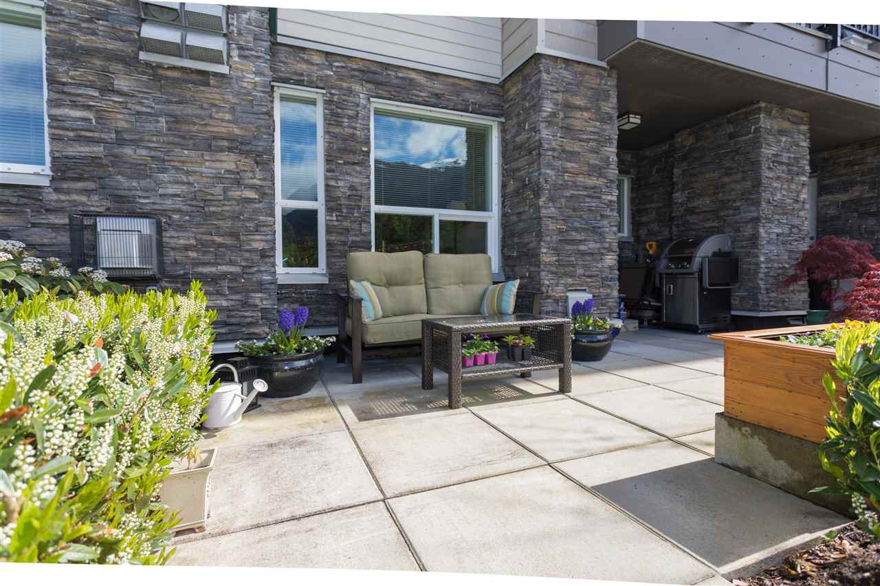 "Main Photo: 103 1212 MAIN Street in Squamish: Downtown SQ Condo for sale in ""Aqua"" : MLS®# R2166524"