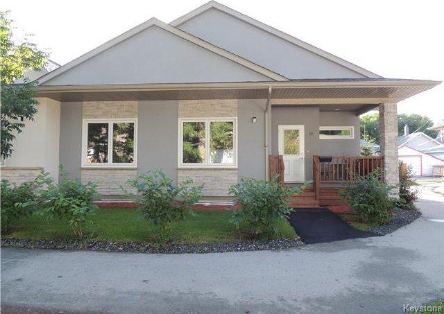 Main Photo: 725 Kingsway in Winnipeg: Condominium for sale (1C)  : MLS®# 1718105
