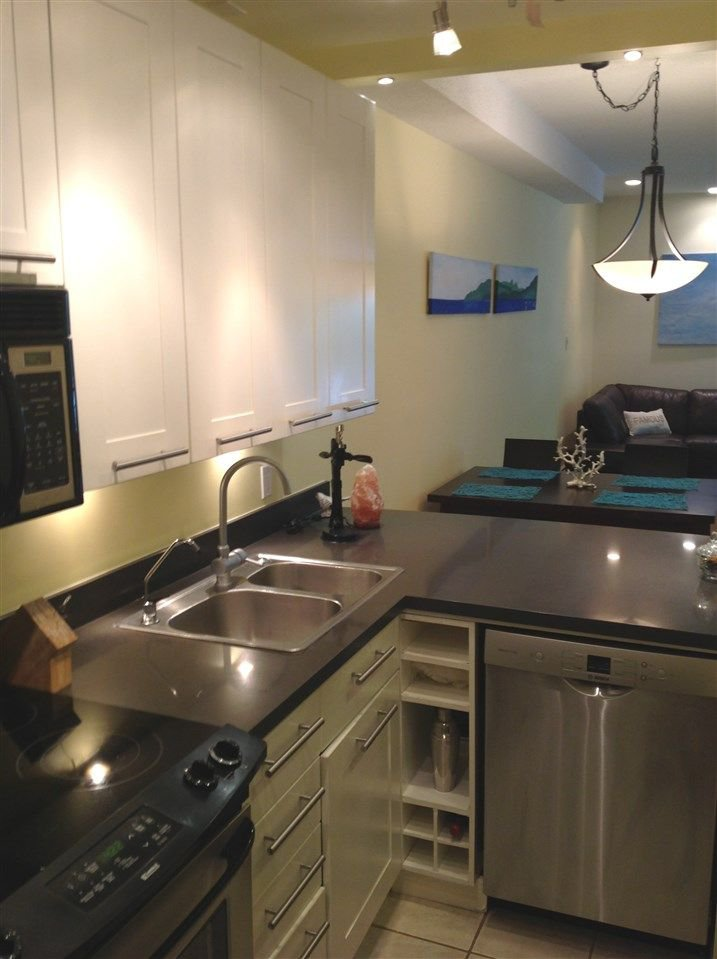 """Photo 8: Photos: 211 1500 PENDRELL Street in Vancouver: West End VW Condo for sale in """"Pendrell Mews"""" (Vancouver West)  : MLS®# R2218931"""