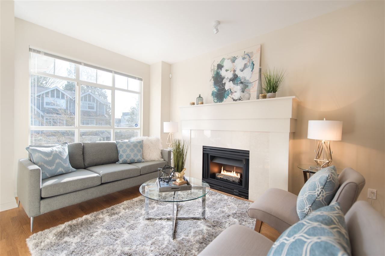 """Main Photo: 3205 PERROT Mews in Vancouver: Champlain Heights Townhouse for sale in """"BORDEAUX"""" (Vancouver East)  : MLS®# R2245453"""