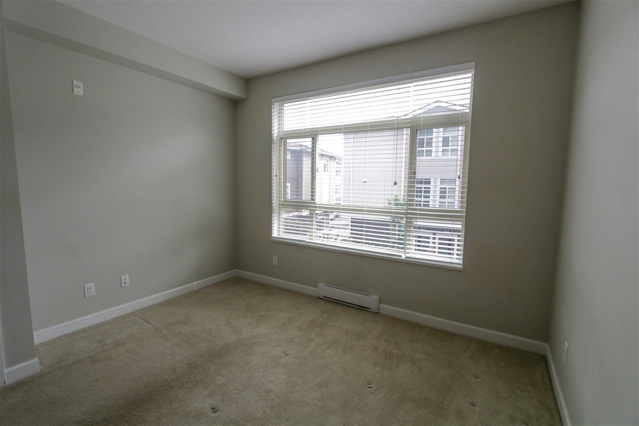 """Photo 8: Photos: 205 20861 83 Avenue in Langley: Willoughby Heights Condo for sale in """"Athenry Gate"""" : MLS®# R2290422"""