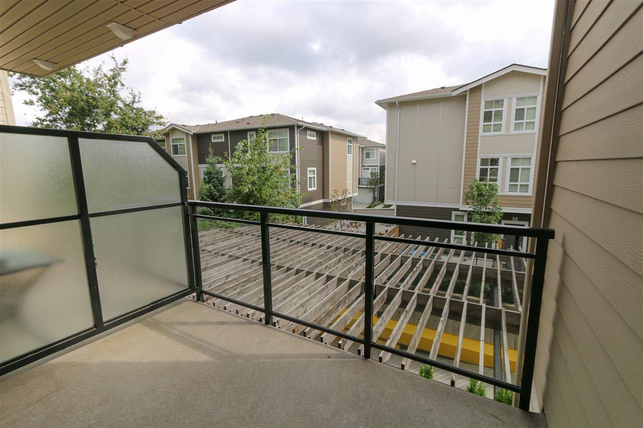 """Photo 13: Photos: 205 20861 83 Avenue in Langley: Willoughby Heights Condo for sale in """"Athenry Gate"""" : MLS®# R2290422"""