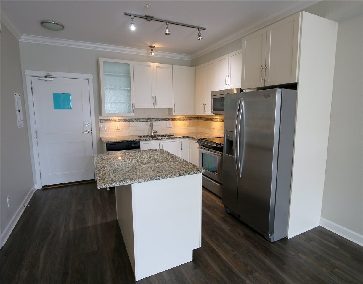 """Photo 3: Photos: 205 20861 83 Avenue in Langley: Willoughby Heights Condo for sale in """"Athenry Gate"""" : MLS®# R2290422"""