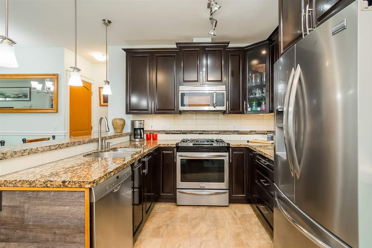 """Photo 11: Photos: 207 8067 207 Street in Langley: Willoughby Heights Condo for sale in """"Yorkson Creek - Parkside 1"""" : MLS®# R2329438"""