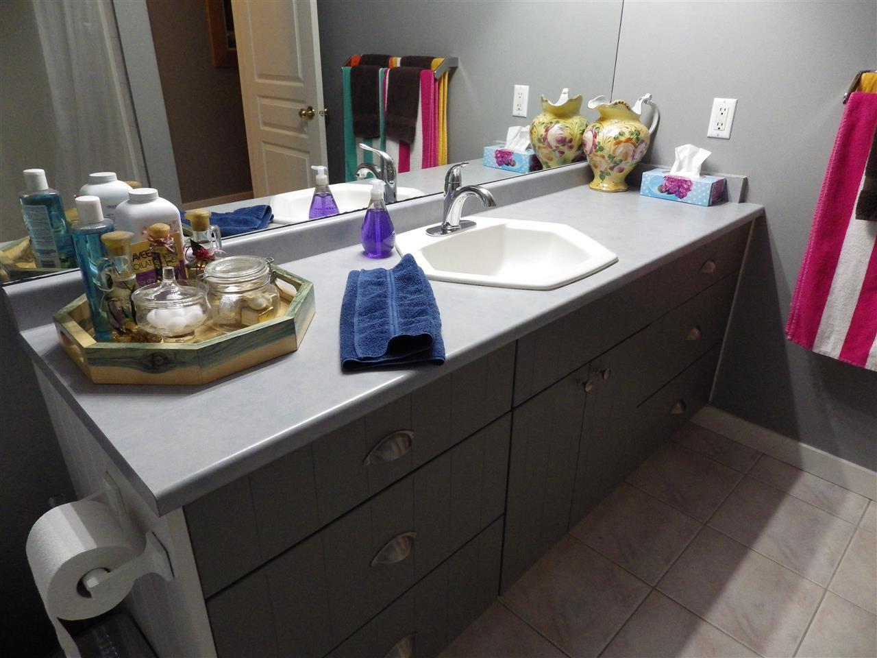 Photo 8: Photos: 5599 MEDUSA Place in Sechelt: Sechelt District House for sale (Sunshine Coast)  : MLS®# R2344394